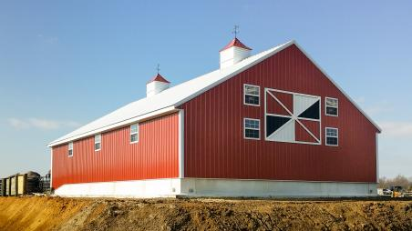 Barn built by Byler Builders
